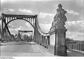 Potsdam, Glienicker Brücke